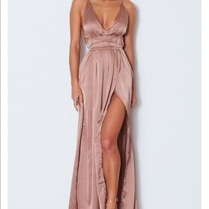Maxi dress great for prom or events